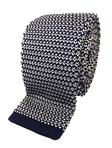 Weaved Navy and White Knit