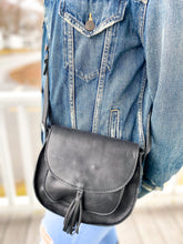 Load image into Gallery viewer, Maria Tassel Crossbody