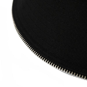 ZIPPER DETAIL BUCKET (BLACK)