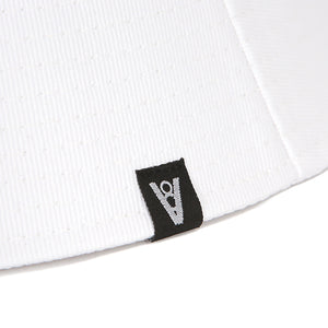 BASIC BUCKET HAT (WHITE)