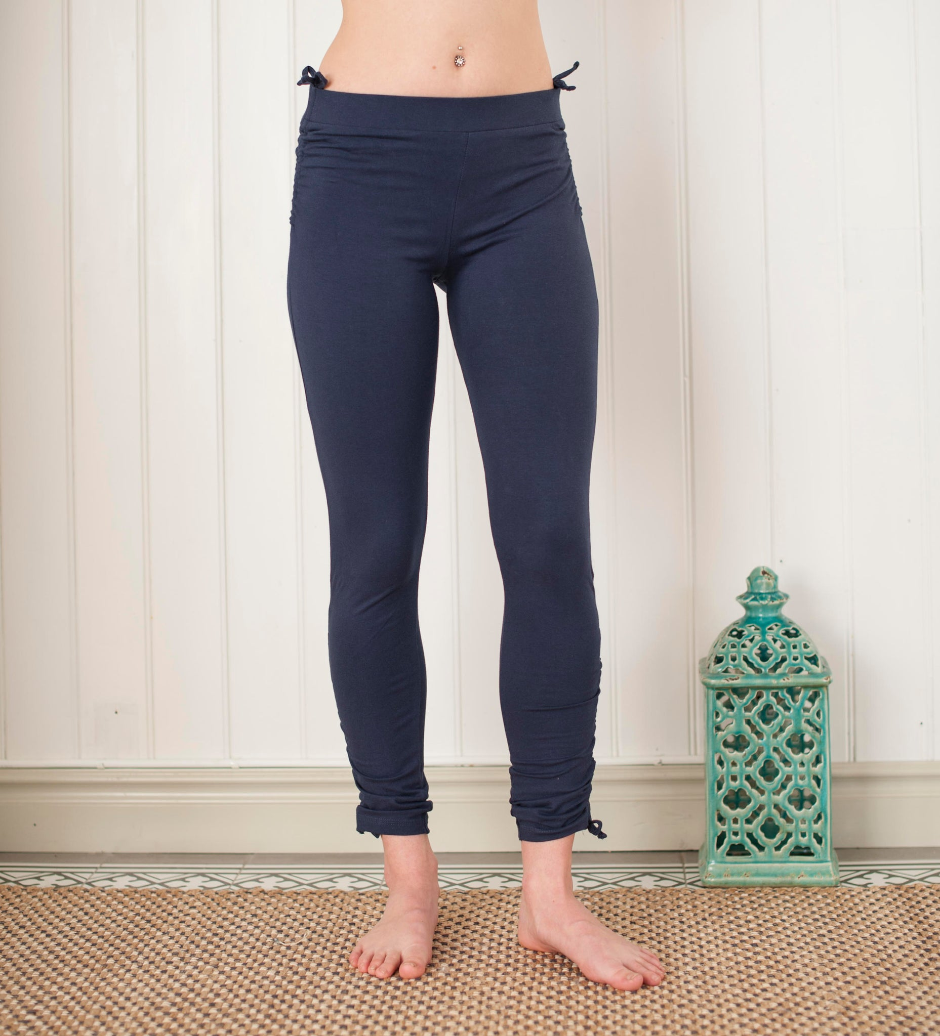 Pigeon pants dark blue
