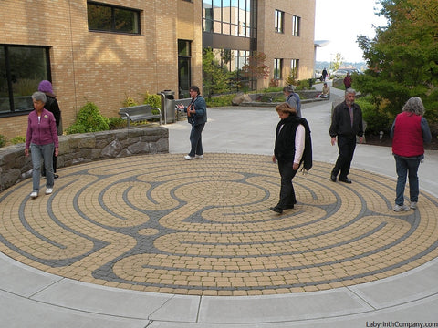 Clackamas OR - Sunnyside Kaiser Permanente Medical Center - St. Paul paver brick labyrinth kit, Buff field with Charcoal lines