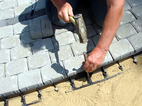 Paver brick labyrinth kit - edge restraint installation