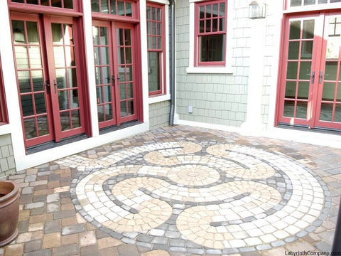 Avalon™ Labyrinth Concrete Paver Brick Kit