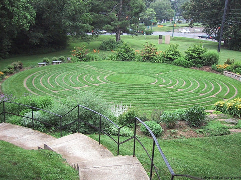 Labyrinth Designs Garden meditative garden labyrinth Bethesdamd Stlukesepiscopalchurch Breamorelabyrinth 60diameter Paverlinesturfgrass