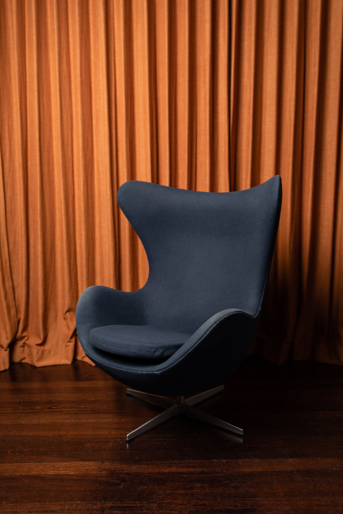 Original Fritz Hansen Egg Chair by Arne Jacobsen