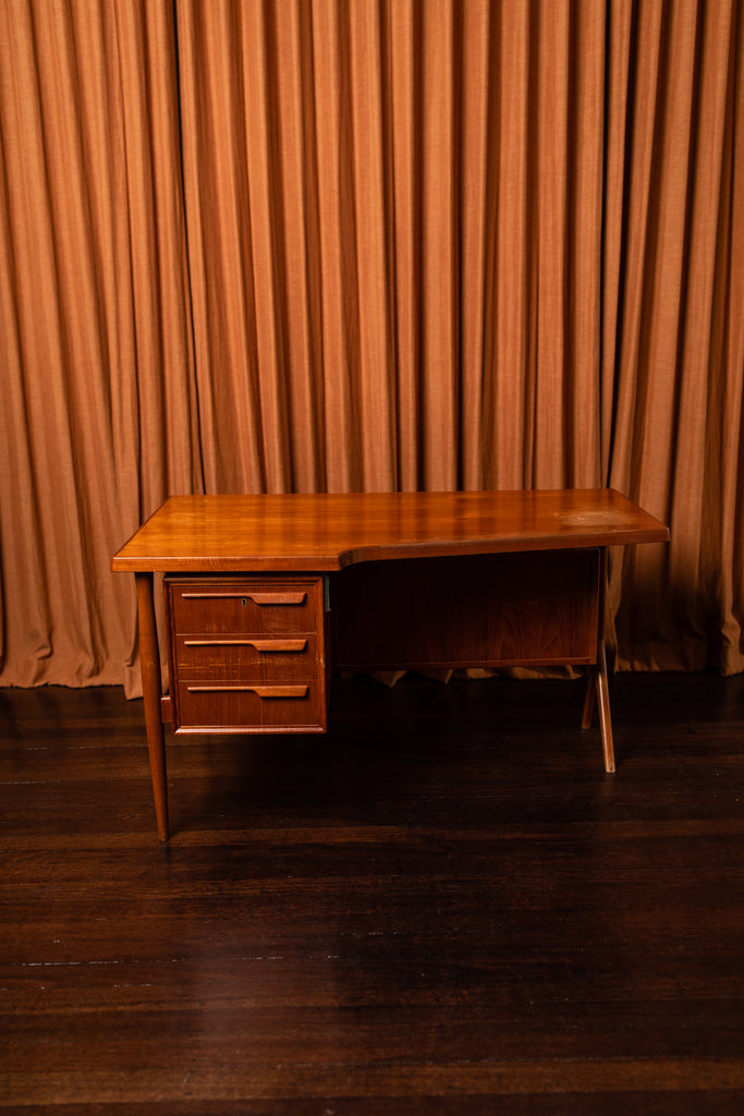 Johannes Andersen Desk designed for CFC Mobler, 1960