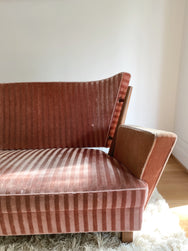 Art Deco Pink Velvet Sofa with Curved Back