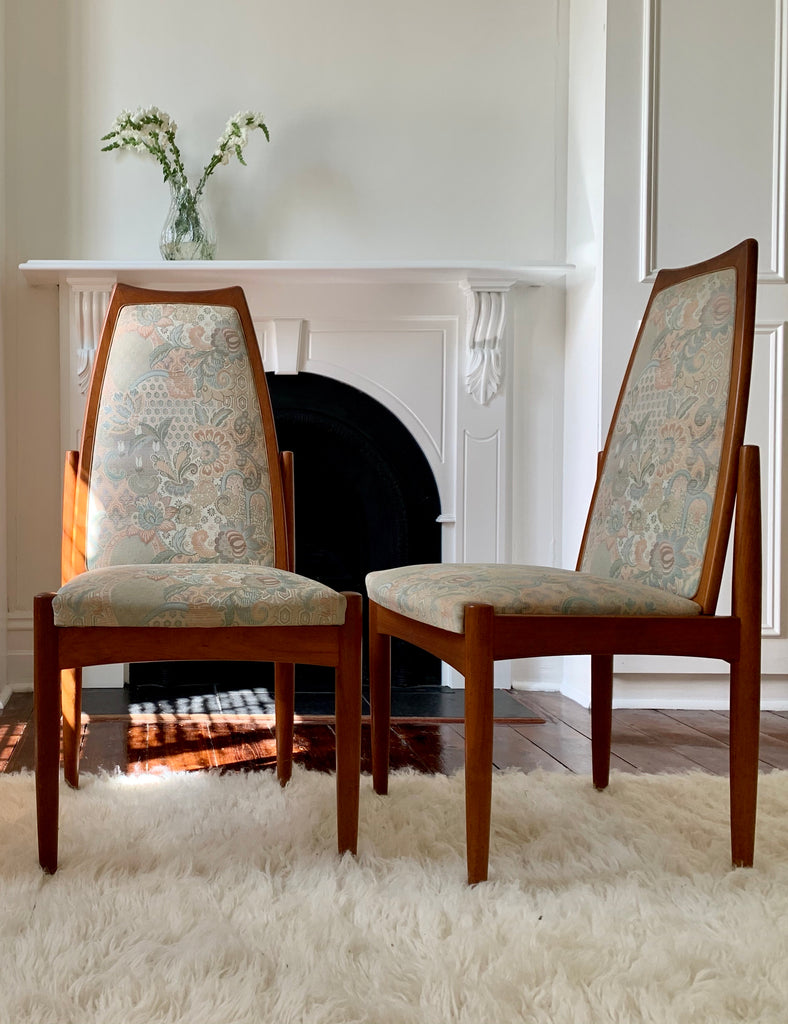 Teak Chiswell Dining Chair With Paisley Seat - 6 Available