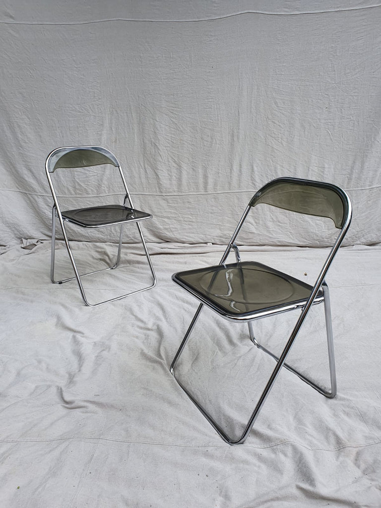 Pair of 70s folding chairs
