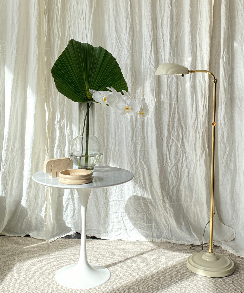 Brass clam floor lamp