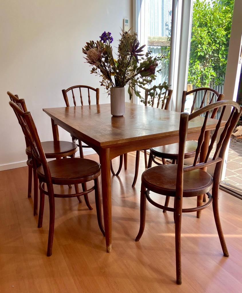 Set of Mundus Thonet Bentwood Spindle Chairs from Austria 1930s