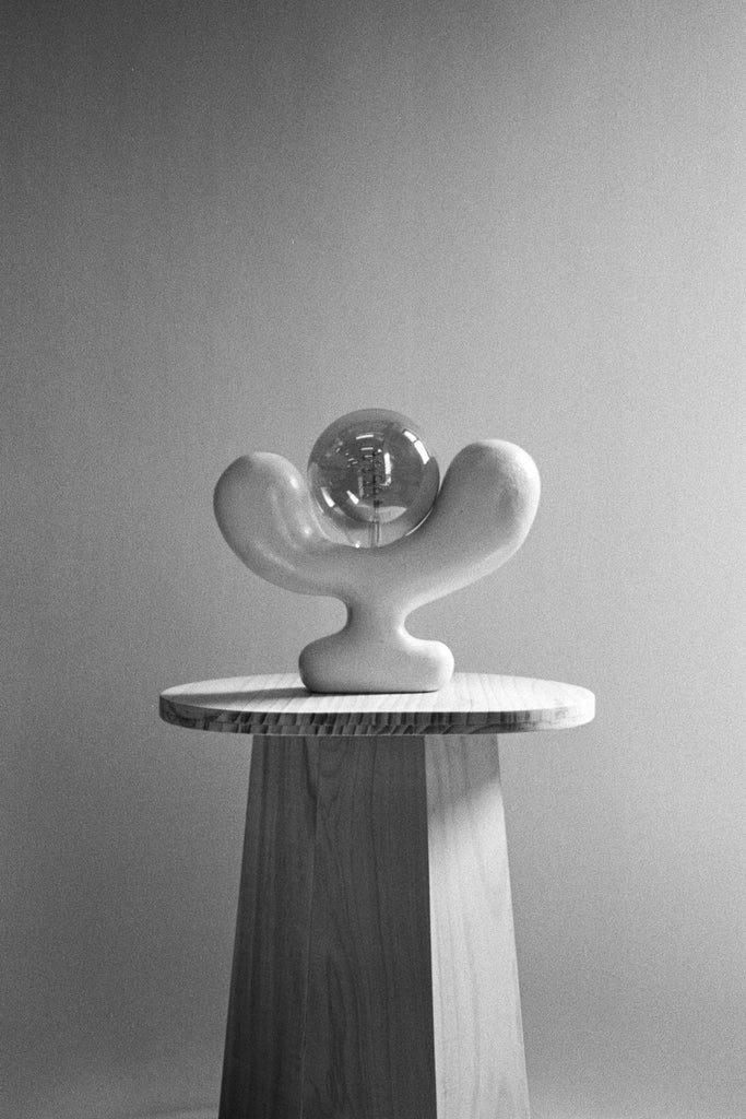 SCULPTURAL CERAMIC LAMP NO. 8