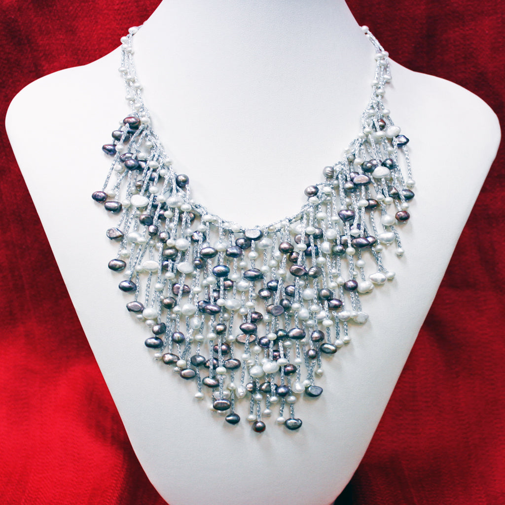 DESIGNER PEARL DRESS NECKLACE