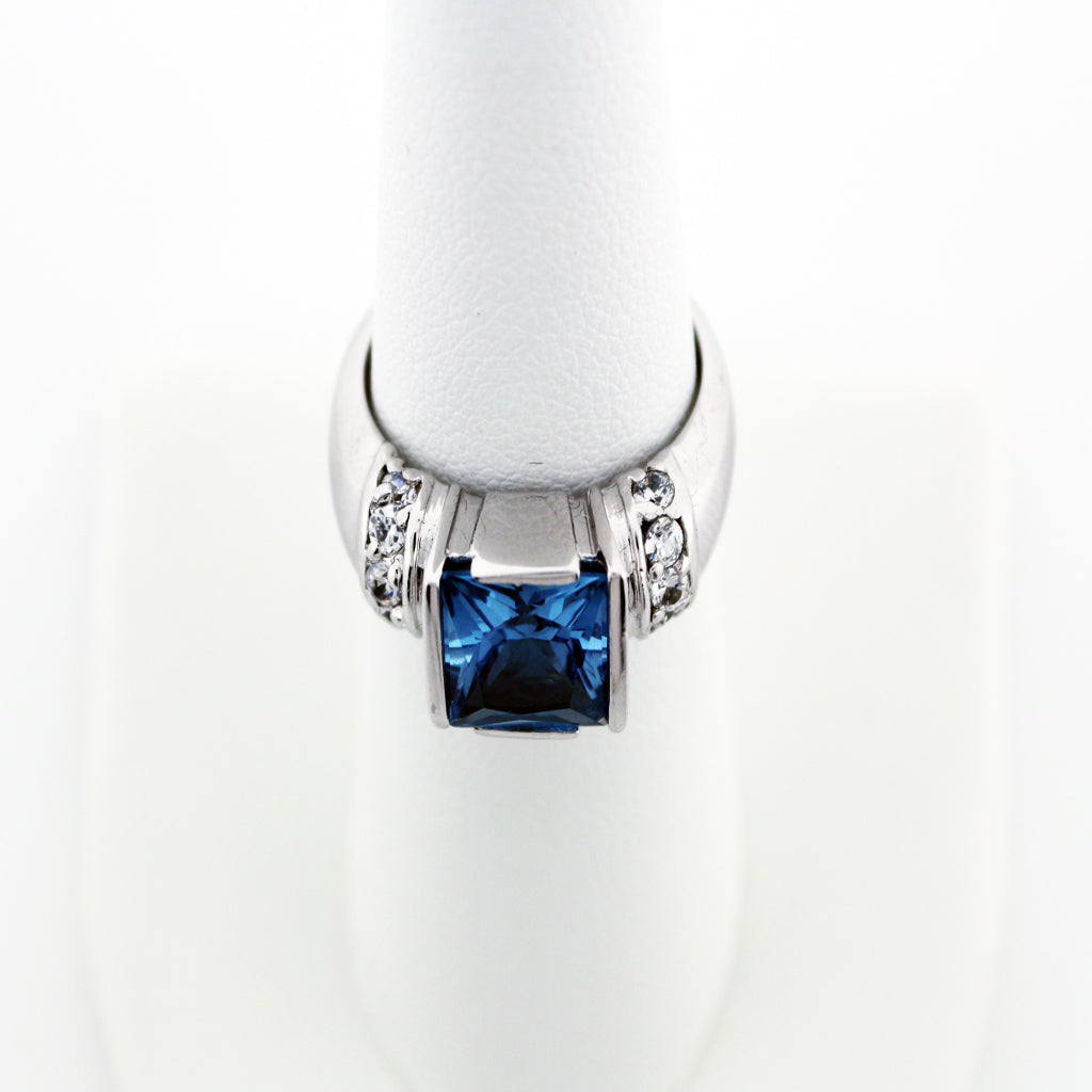 FANCY BLUE TOPAZ RING