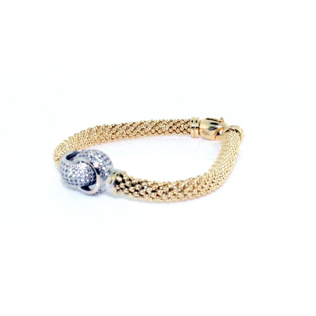 LOVE KNOT DIAMOND BRACELET