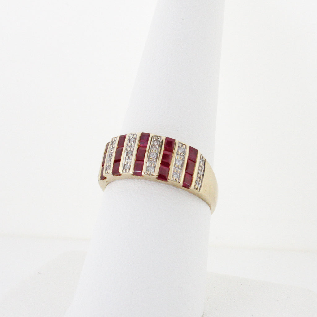 SPECTACULAR RUBY DIAMOND BAND