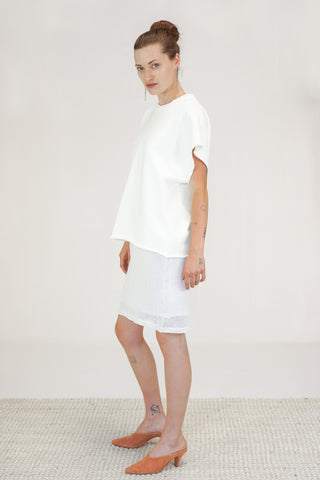 OAK New York City Cut Off Crew Top in Chalk