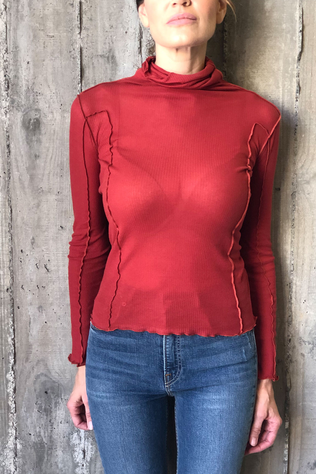 Base Range Omato Turtle Neck Cotton Rib In Cherry Red