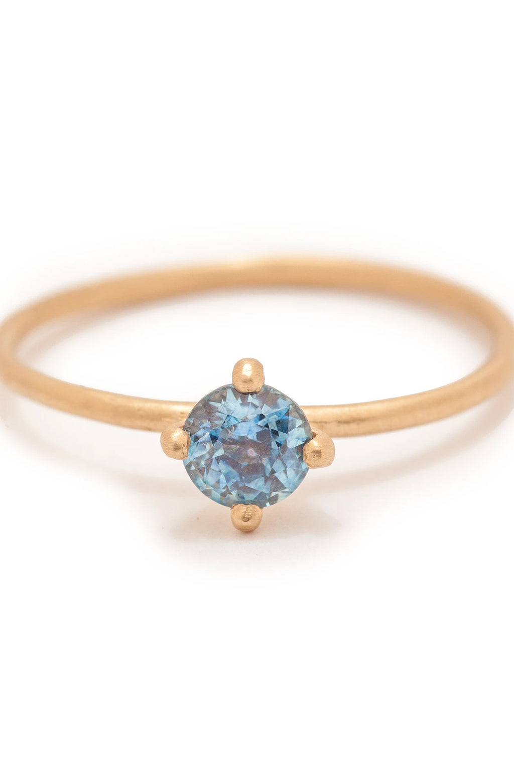 Valley Rose 14k Gold Atlantis #2 Solitaire Ring in Montana Sapphire