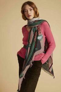 Inouitoosh Stanislas Scarf in Green