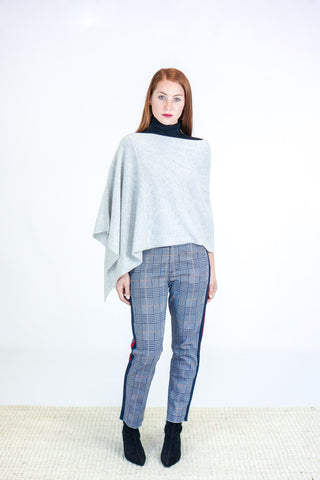 Skin Giana Ruana Cashmere in Light Heather Grey