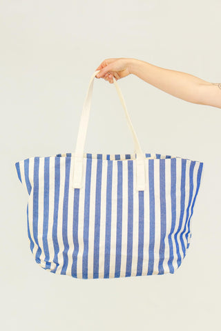 Baggu Weekend Bag in Blue White Summer Stripe
