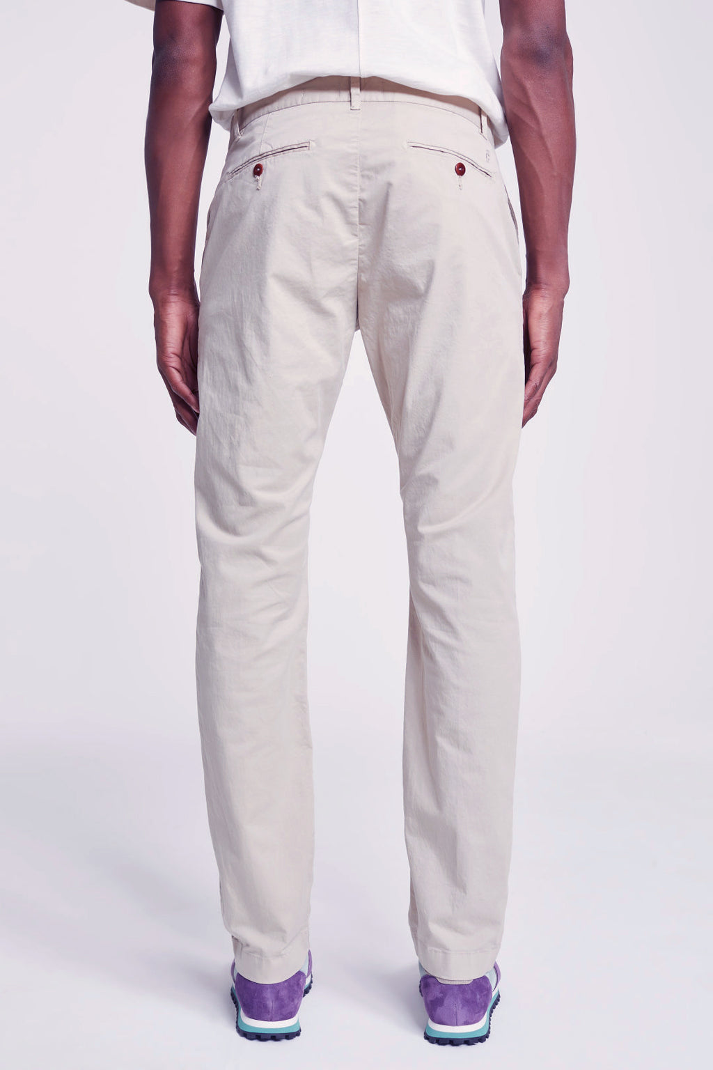 Closed Clifton Slim Chino Dryed Reed