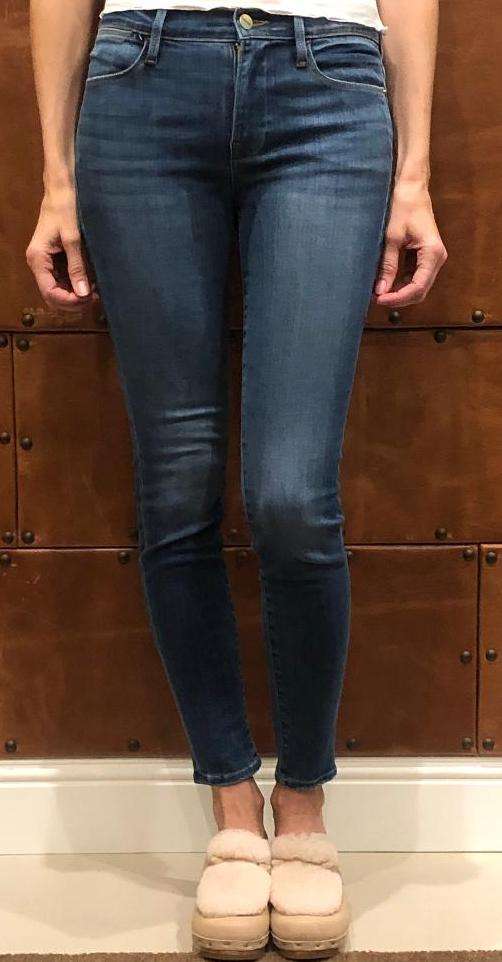 Frame Le High Skinny Jeans in Poe
