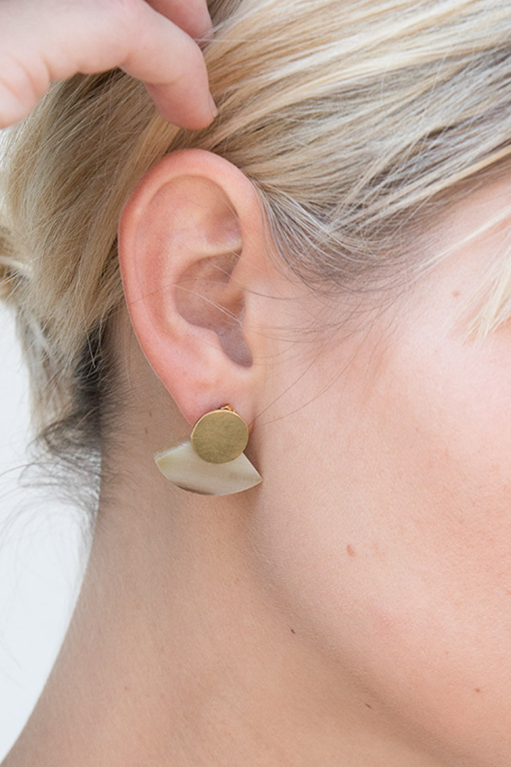 Soko Petite Horn Paddle Studs in Brass/ Natural