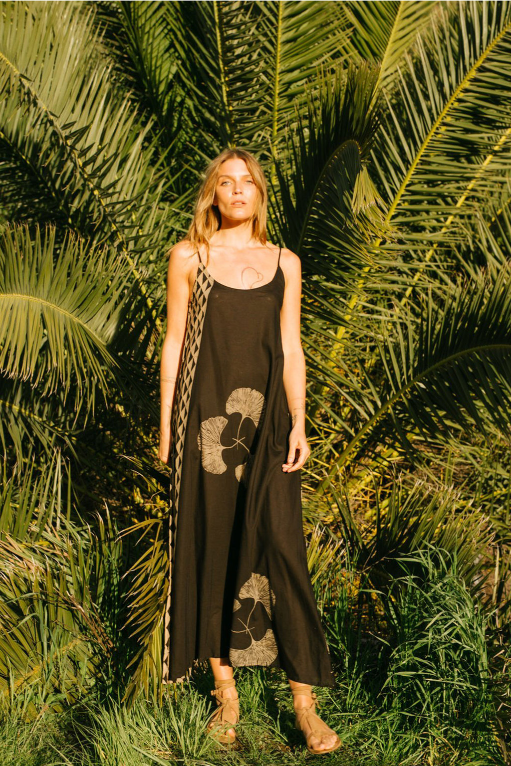 Natalie Martin Heather Maxi Dress in Fan Black Batik