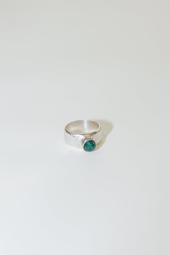 Seaworthy Novia Ring in Silver and Malachite
