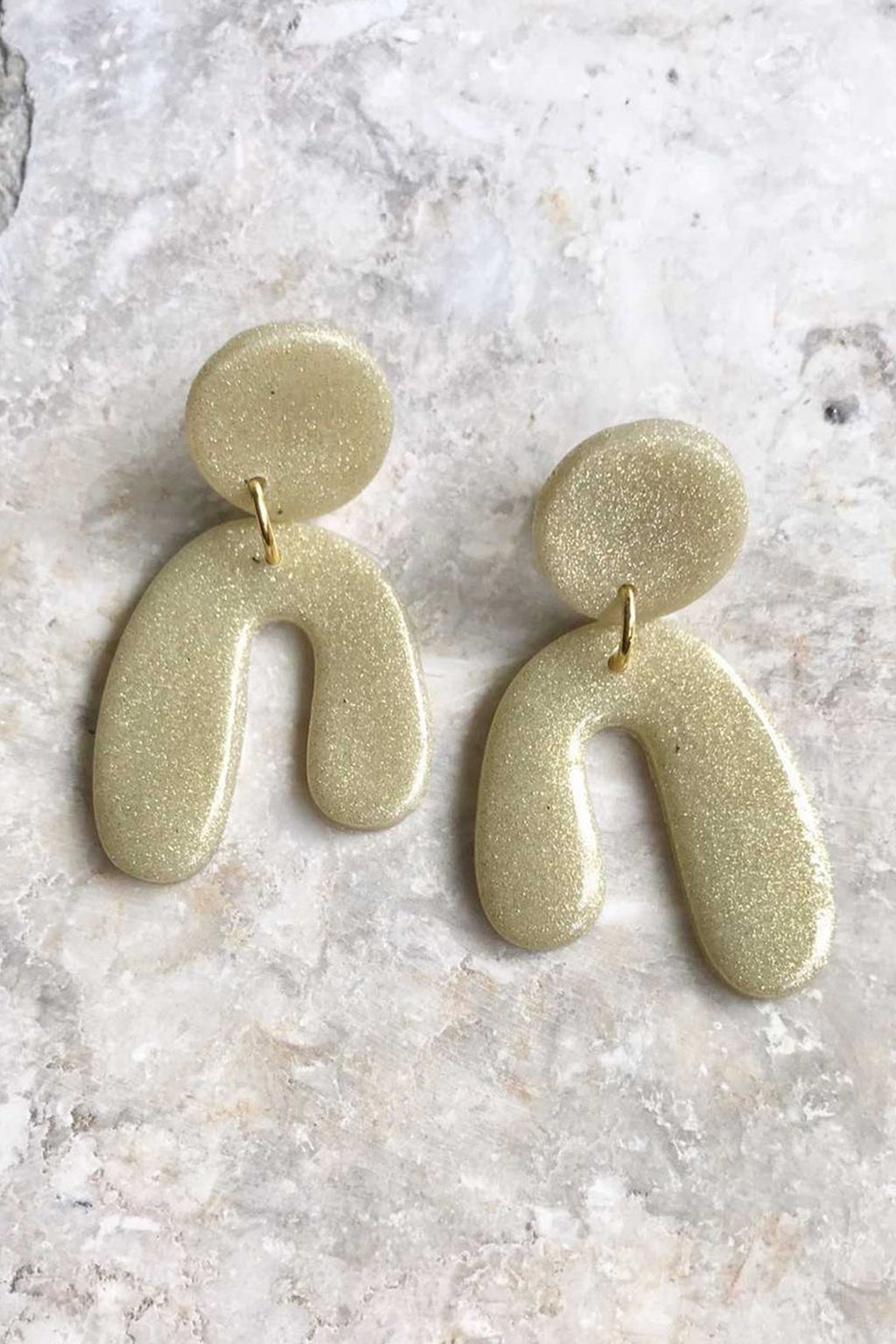 Elizaberry Mini Lonnie Earrings in Gold