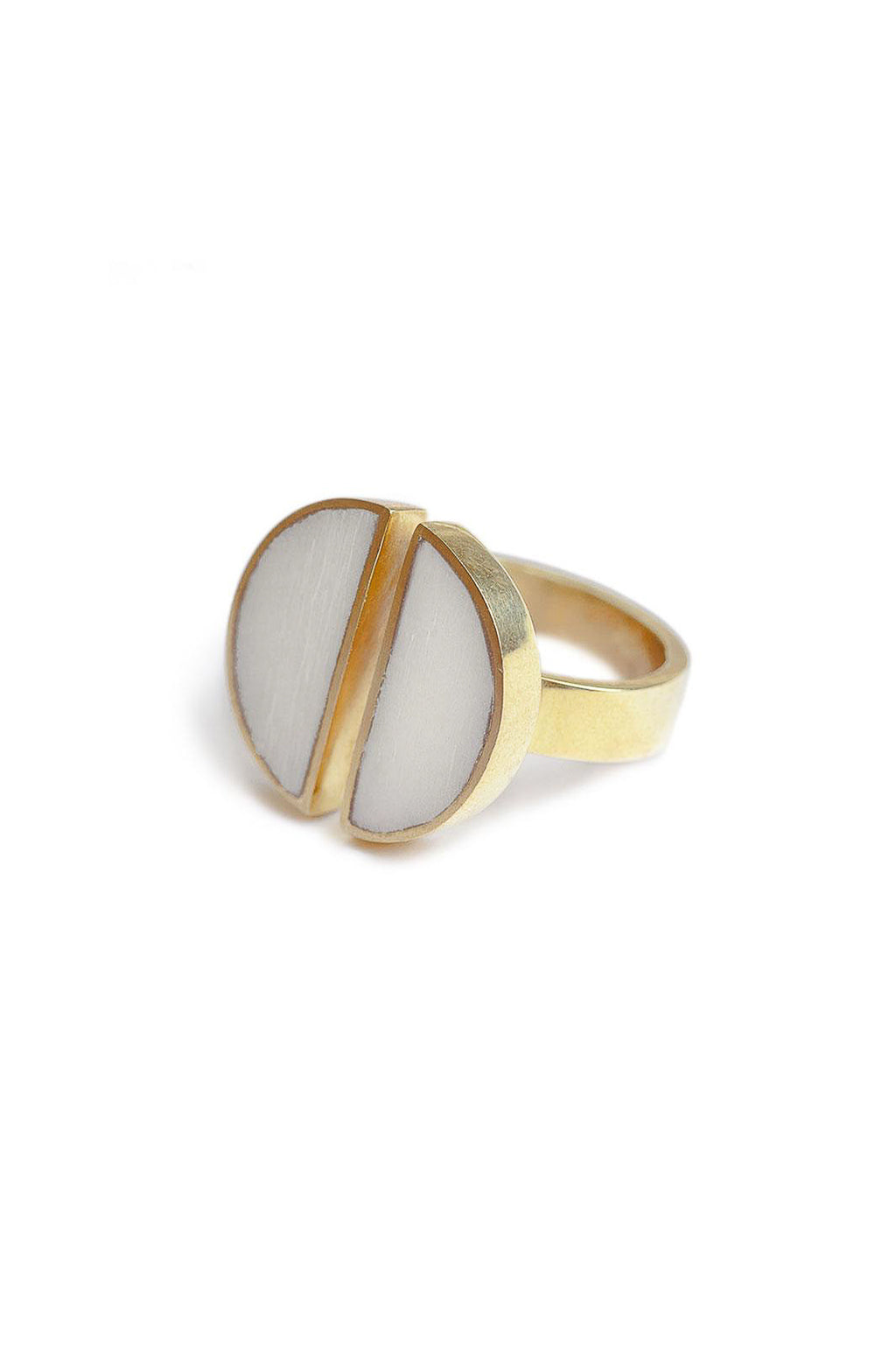 Soko Split Moon Ring in White