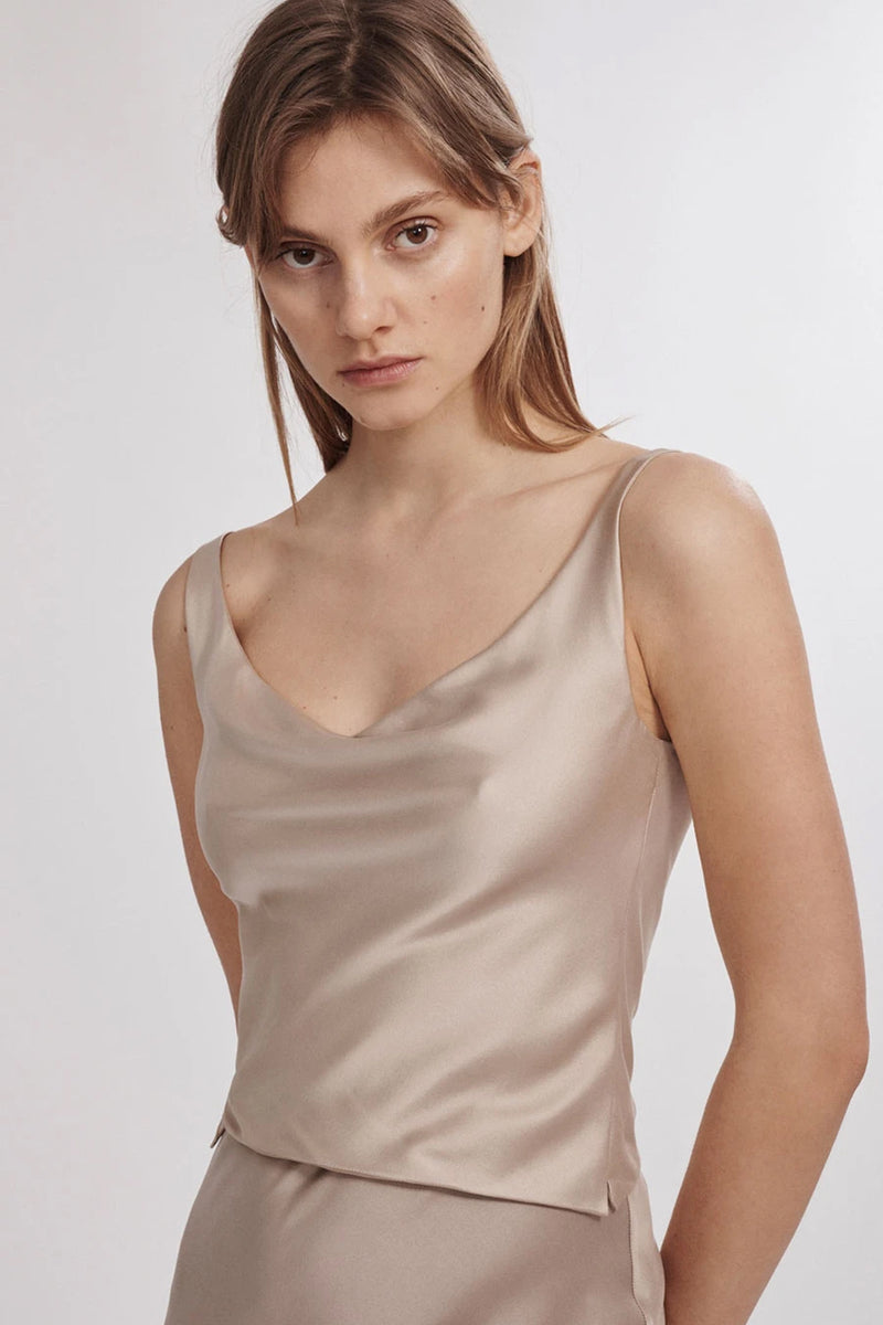 Silk Laundry Wide Neck Silk Top in Aluminium