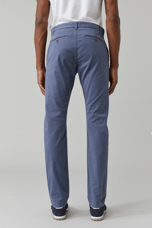 Closed Clifton Slim Chino Storm Blue
