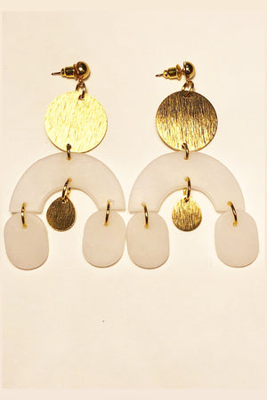 Elizaberry Arch Earrings in White With Gold