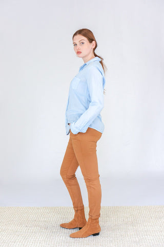 "Frank and Eileen ""Barry"" Poplin Shirt in Sky Blue"