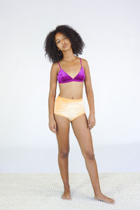 Baserange Mississippi Shiny Velour Bra in Ulna Purple