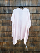 Load image into Gallery viewer, Pink Silk Blend Pearl Kimono
