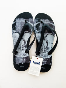 Peter Tunney Black Skull Sandal