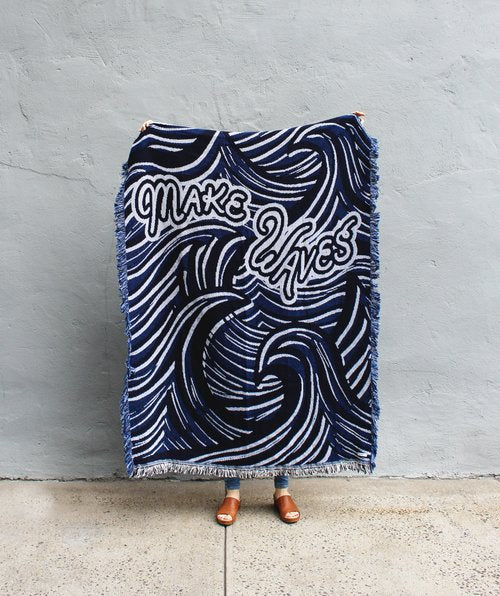 Make Waves Blanket