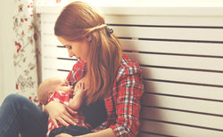 How To Choose the Best Breastfeeding Supplements