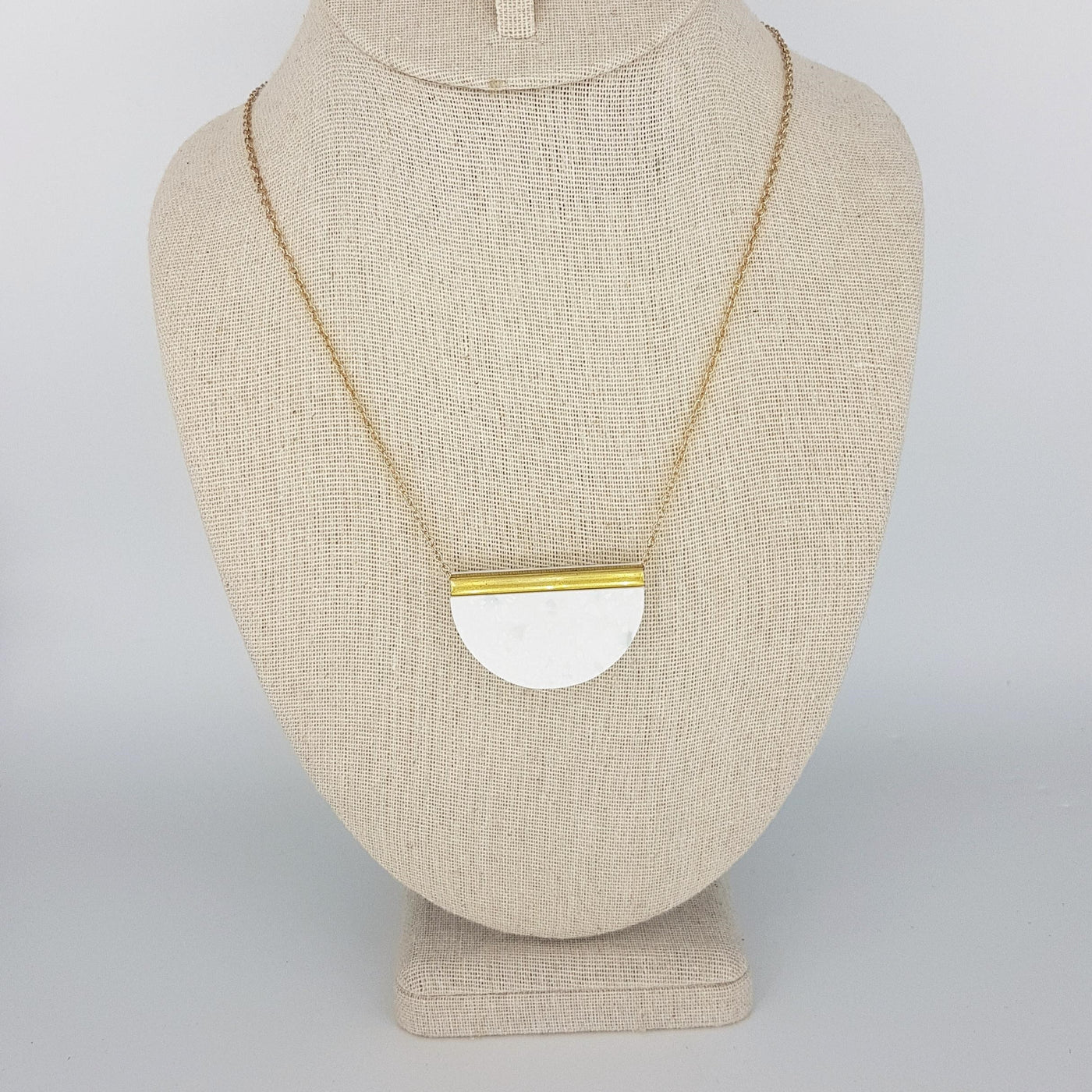 Dconstruct Corian Half Circle Necklace - Winter 18in