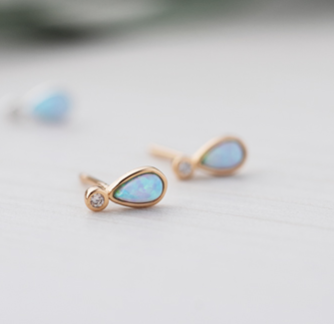 Paradise Studs - Blue Opal - Gold