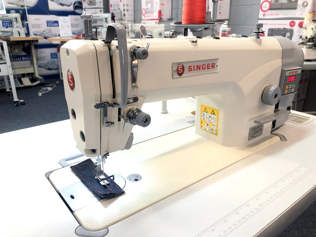 Singer Industrial Plain Sewing Machine with Auto Thread Trimmer