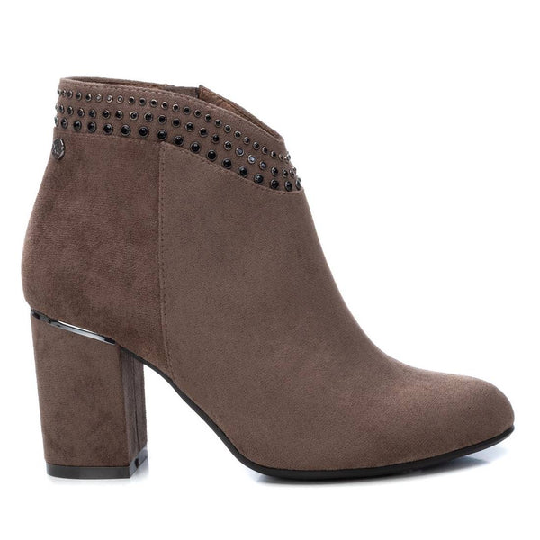 Stylish taupe ankle boot from XTI with 7.5 cm block heel. Available from www.moransshoes.com