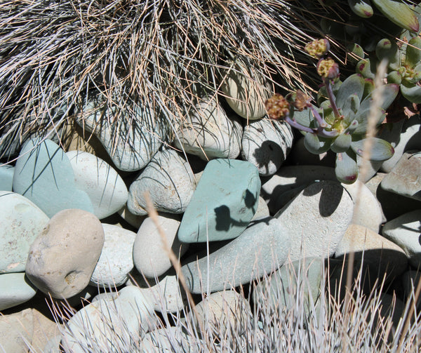 Aqua Decorative Landscape Beach Pebble