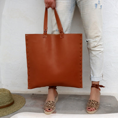 SQUARE TOTE BAG - TOFFEE