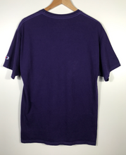Load image into Gallery viewer, Northwestern University Tee - M